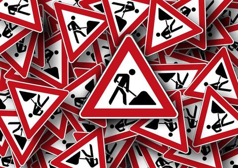 Road sign site warnings